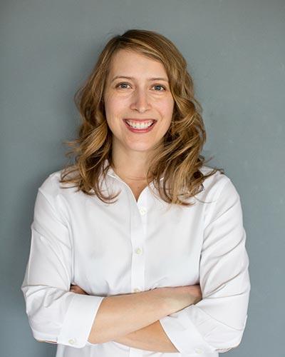 Dr. Sara Cubenas