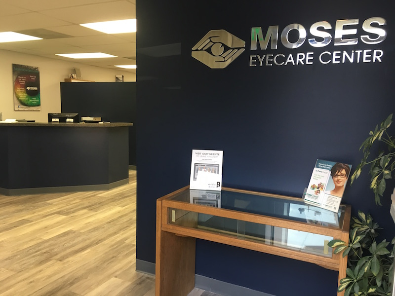 Moses eyecare center griffith office