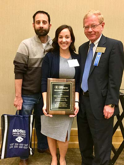 Dr. Jeni receives Young Optometrist Award